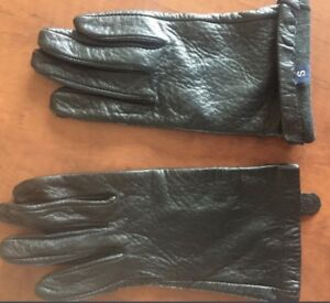 **WOMEN'S GENUINE BLACK LEATHER GLOVES FOR SALE-SIZE S**