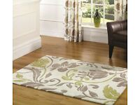 Large rug & 8 matching cushions