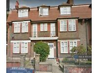 4 bedroom flat in Tooting Bec, Tooting, SW17 (4 bed)