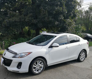 2012 Mazda3 GS-SKY (Winter Tires/Rims & Automatic Starter Incl.)