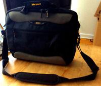 """Targus Laptop bag 16"""" brand new"""