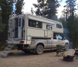 Bigfoot Oakland 10ft camper