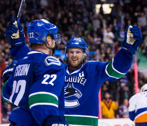 *****RARE! ***(3) IN A ROW! CHEAP VANCOUVER CANUCKS TICKETS*****