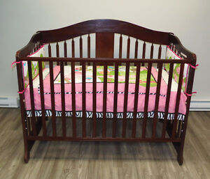 Crib convertible - never used