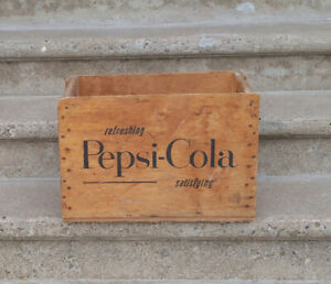 vintage, good condition Pepsi cola wood crate