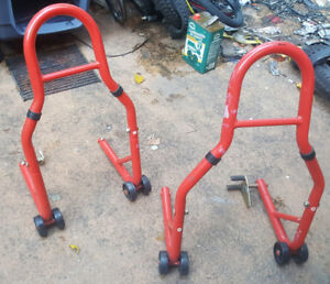 Motorcycle stand set