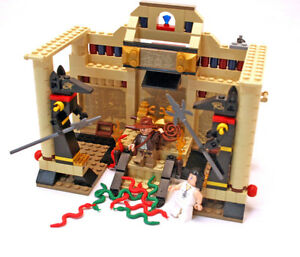Used LEGO set 7621: Indiana Jones And The Lost Tomb!