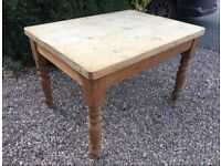 Solid Pine Dining Table VERY Thick Scrub Top Kitchen Farmhouse Shabby Chic