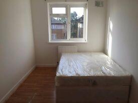 Nice Double room Single use-Manor Park/Finsbury Park