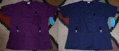 Frederick V neck Scrub Top W top & bottom pocket & side slit Size -