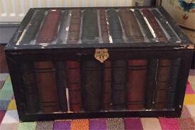 Books case wooden trunk