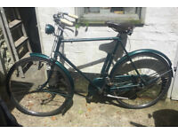 Gent's Green Raleigh Vintage Bicycle very good condition