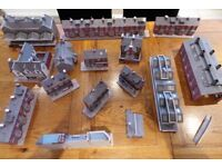 buildings and railway models for OO gauge (Hornby or similar?) toy train layout