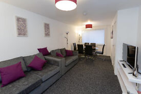 Short Term Let/ Self Catering Apartment - Sleeps 5 - GLASGOW AIRPORT 4 MILES