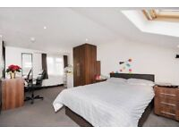 LARGE DOUBLE ENSUITE IN HENDON CLOSE TO BRENT CROSS SHOPPING CENTRE