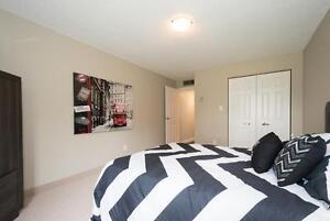 3 BEDROOM on Penthouse Floor (Next to University of Waterloo) Kitchener / Waterloo Kitchener Area image 4