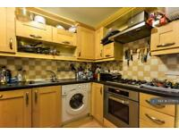 2 bedroom flat in Evelyn Road, London, E16 (2 bed)