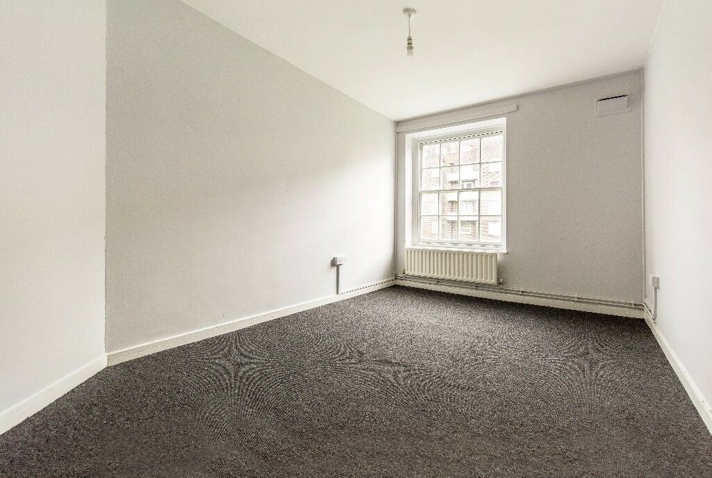 Great Value Newly refurbished 2 bed ex la flat located on New Park Road, Brixton