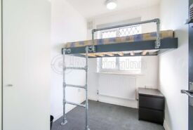 Cosy single room in South Norwood inclusive of bills. Available immediately.
