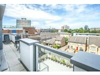 STUNNING TOP FLOOR 3BED FLAT IN HEART OF SHOREDITCH**FURNISHED**WATER INCL**PRIVATE BALCONY**
