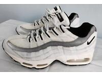 Nike air max trainers, size 7, immaculate as seen in pictures, quick sale at only £45