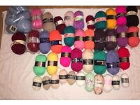 Joblot Of Knitting Wool Bundle ( Over 32 Balls ) £18