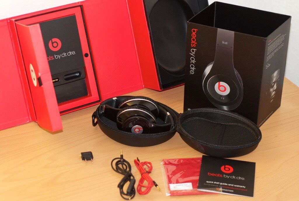 BEATS BY DR DRE Studio wireless Noise-Cancelling Headphones -SEALED BOX-  black bff223982adc