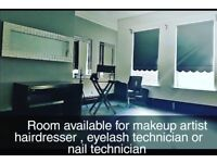Beauty / hairdressing space to rent in a furnished room