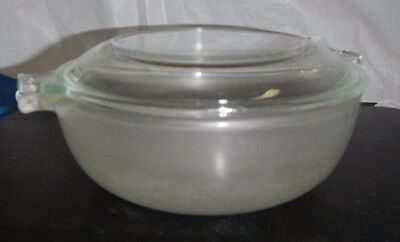 Vtg PYREX 019 Frosted Glass Casserole Storage Container 20 oz w/ Handles & Lid