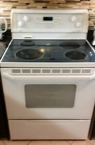 Whirlpool Gold Self Cleaning Range.  OVEN. STOVE.