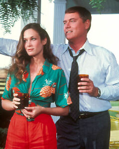 Mary-Crosby-amp-Larry-Hagman-1026340-8X10-FOTO-Other-misure-disponibili