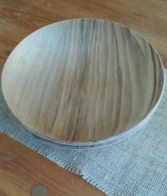 Wooden shallow bowls