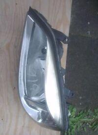 Vauxhall Astra N/S Headlight (2001)