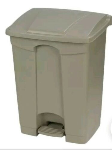 carlisle 34614506 18 gal rectangle plastic step