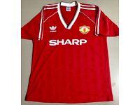 Brand new Man Utd retro shirt Sz large