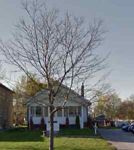 Home for rent in Etobicoke -on the subway line