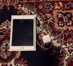 Brand New Gold Ipad Mini 4 128 GB