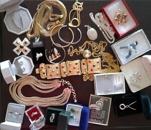 ALL JEWELLERY UP FOR GRABS.....ENDS JUNE 30th