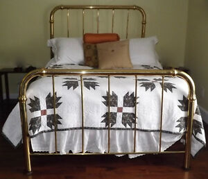 NEW PRICE! Vintage Double Brass Bed - No springs!!