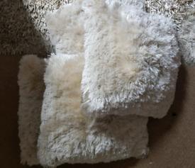 4 Shaggy Fluffy Cushions