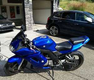 Clean and Modified SV650 S ... Need to sell!