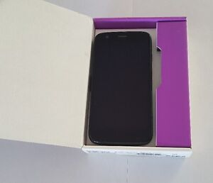 Unlocked Motorola Moto G 8GB Excellent Condition in Box with All