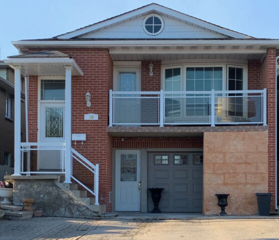 Apartments For Rent In Toronto: 3 Bedrooms Newly Renovated Apartment For Rent In