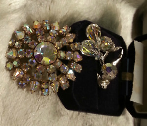 "Vintage collectible ""SHERMAN"" Brooch and earrings set"