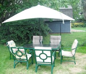 patio furnture 6 chairs +(drop by make fair offer today Sunday )