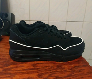 Nike Air Max 1 Ultra 2.0 size 9