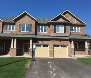 North Oshawa Townhouse for Rent - 3bed/bath, Available Sept 1
