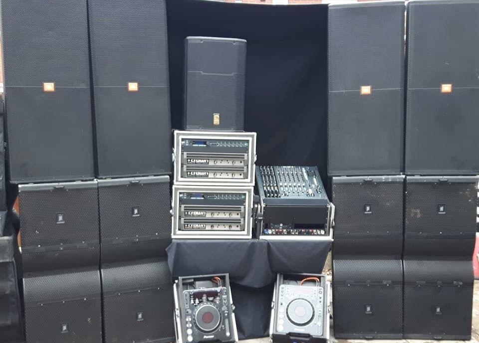 jbl vertec system 12k 24k sound system hire,crown 12k amps mixer radio mic