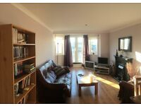 Double room in 2 bed flat in Leith