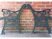 Cast Iron Garden Bench Ends (Fluer De lis Style)